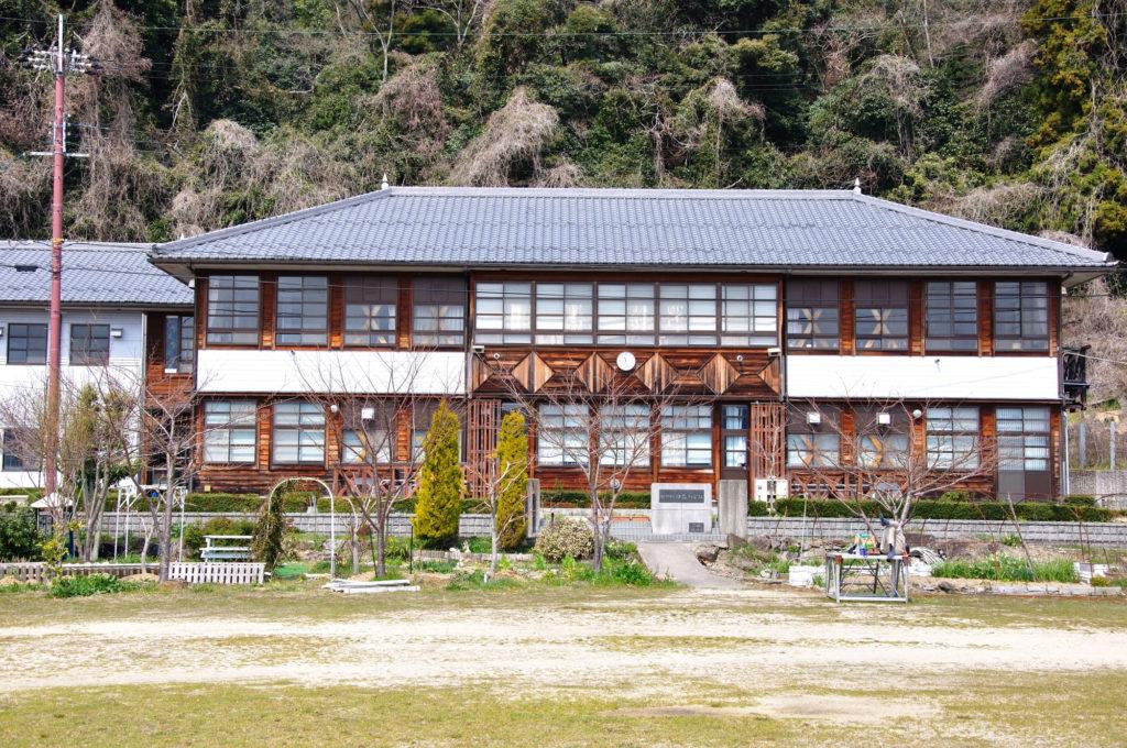 琵琶湖に浮かぶ「沖島」。淡水湖唯一の有人島へタイムスリップ旅♪