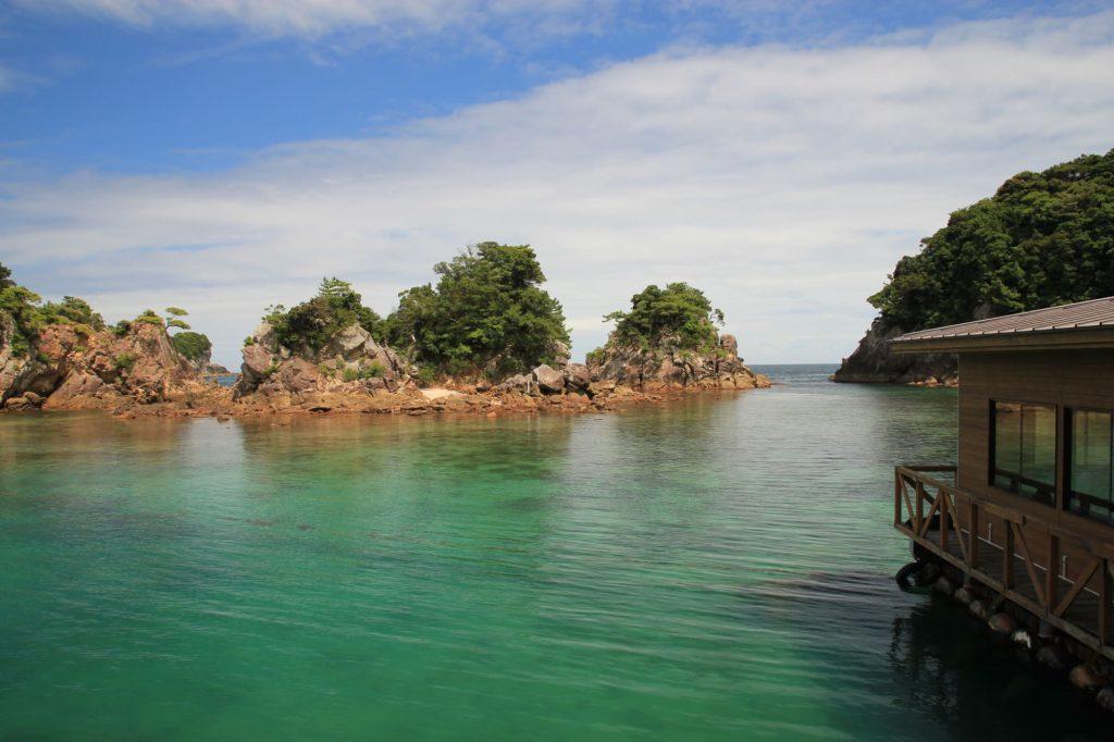 """徳島県「竹ヶ島」でマリンレジャー♪青く透き通る海はまるで""""南海の宝石"""""""