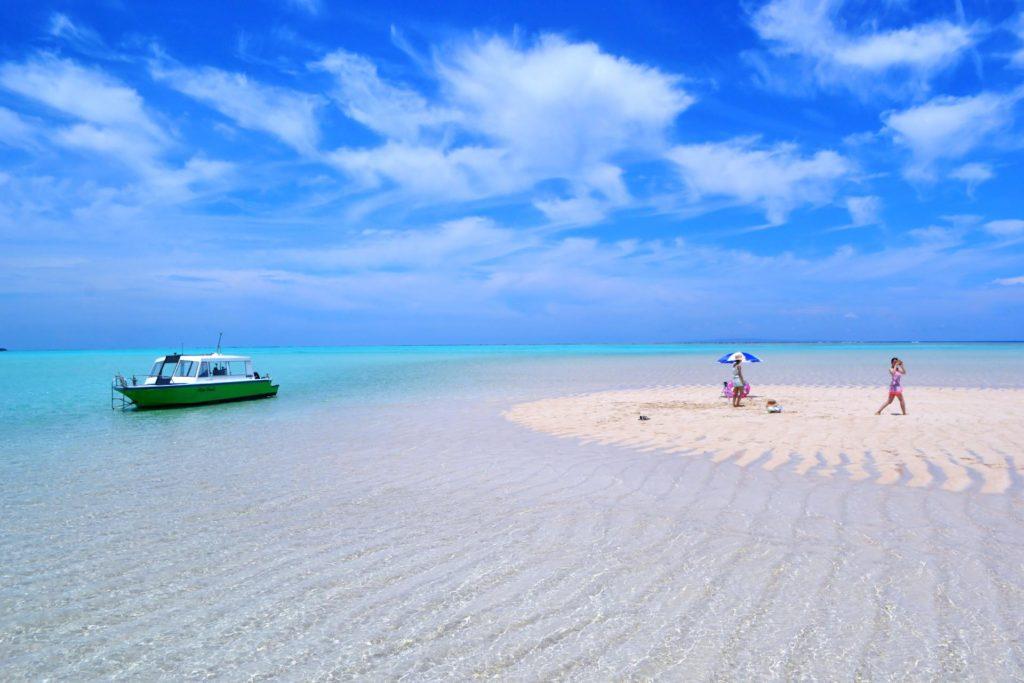 今年の旅行は与論島へ!「2021年行ってみたい離島」ランキングNo.1のヨロン島をまるごとガイド!