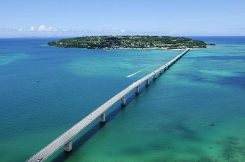 沖縄・古宇利島:グランプリはバウリニューアルセレモニー「1.31愛妻の日SNSフォトコンテスト」開催