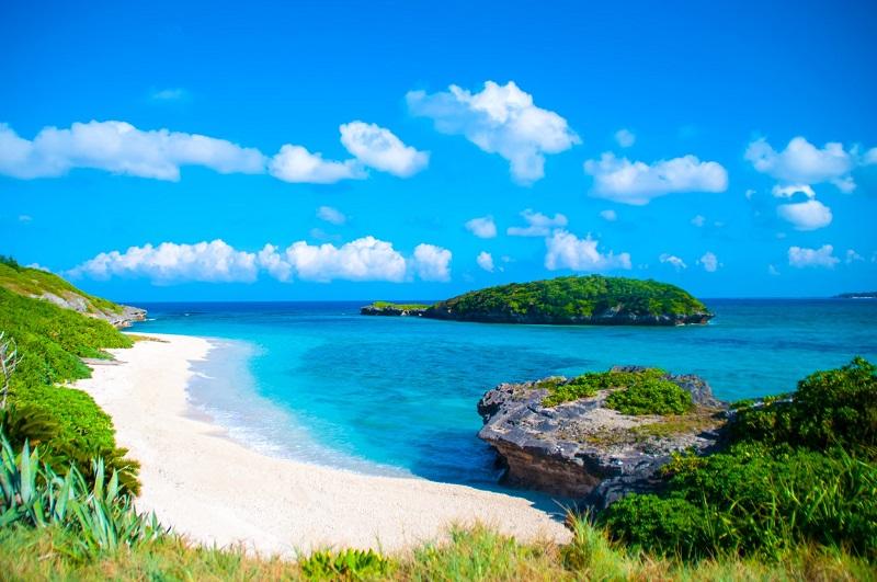 沖縄最北端の青の絶景「伊平屋島」を満喫!おすすめ観光スポット6選