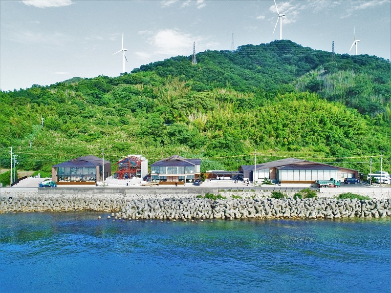 淡路島:贅沢な大人の時間を楽しむ、劇場&ソーシャルディスタンスレストラン8/1オープン
