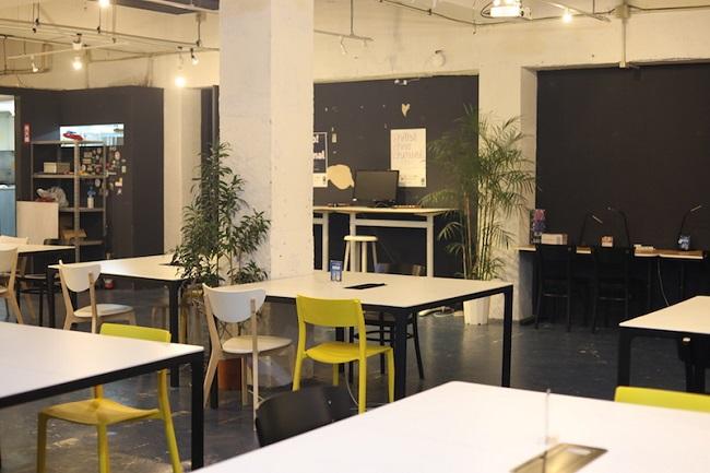 沖縄・沖縄市_「いいオフィス沖縄 by Startup Lab Lagoon KOZA」