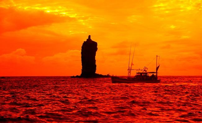 島後_ローソク島