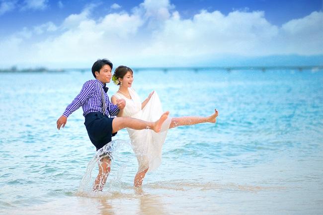 沖縄・今帰仁村_Sun BLUE沖縄「トラッシュ・ザ・ドレス」