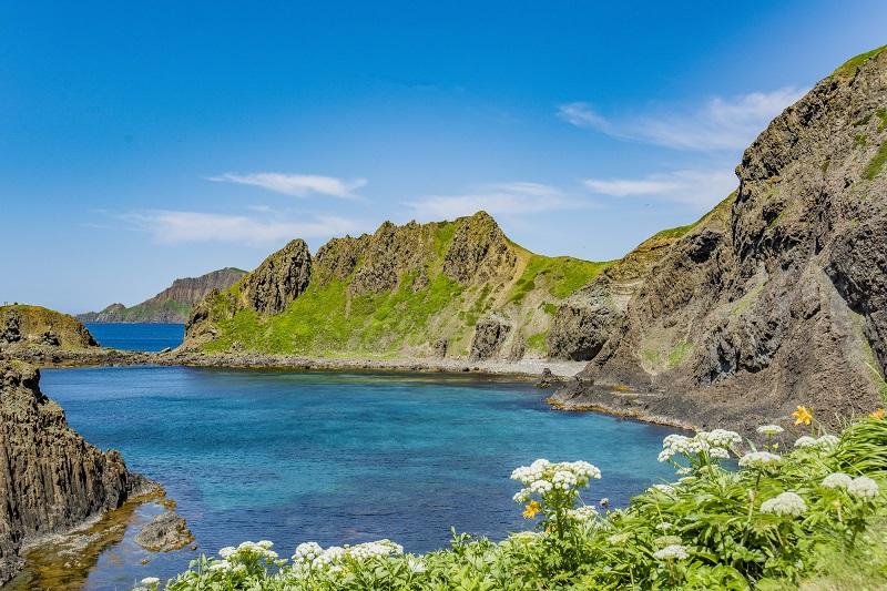 花の浮島「礼文島」のおすすめ観光スポット&島グルメ!