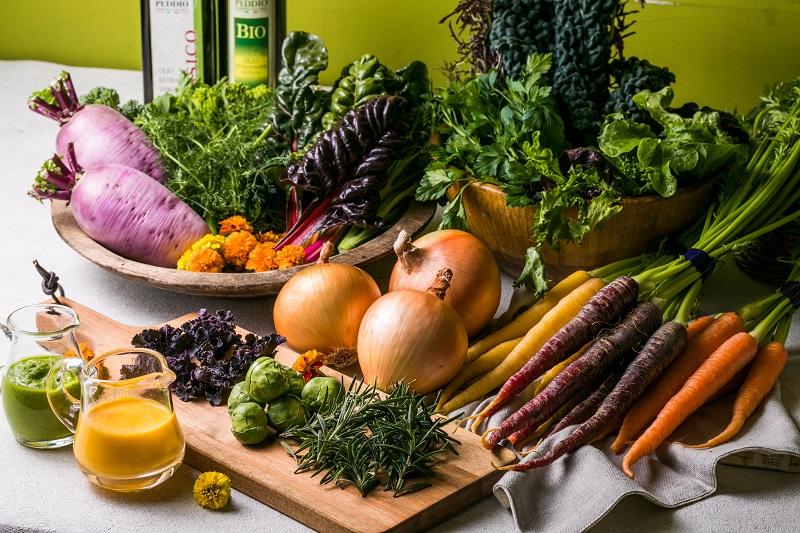 淡路島から厳選こだわり野菜の詰め合わせをお届け!自宅で使えるレシピBOOKも