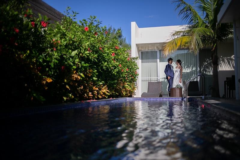 沖縄のプライベートプール付ヴィラに宿泊できるフォトウェディングプラン20%OFF!