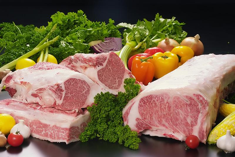 沖縄・名護市:肉のプロが『Eat Okinawa』をテーマに専門店オープン