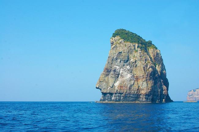 下甑島_ナポレオン岩_210416
