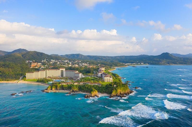 沖縄・恩納村:ハレクラニ沖縄「サンゴ育成プログラム~コーラル・ナーチャリング~」開始