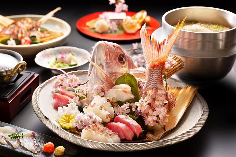 大毛島:アオアヲ ナルト リゾート「鳴門海峡一本釣り桜鯛会席」うららかな春を寿ぐ鳴門鯛に舌鼓。