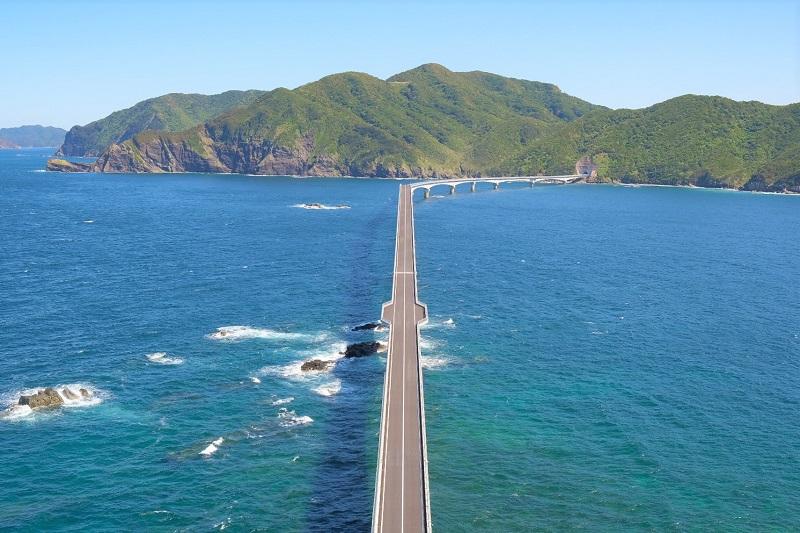 橋がつながり便利になった甑島観光!歴史と自然を感じられる魅惑の旅へ!