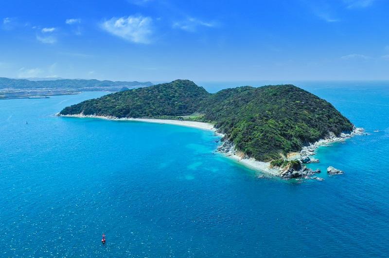地ノ島:無人島でプライベートキャンプ!1日1組限定のエリア貸切プランも充実!