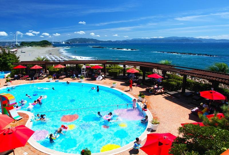 大毛島:アオアヲ ナルト リゾート「海だ!プールだ!!絶景リゾートで夏得ファミリープラン」発売