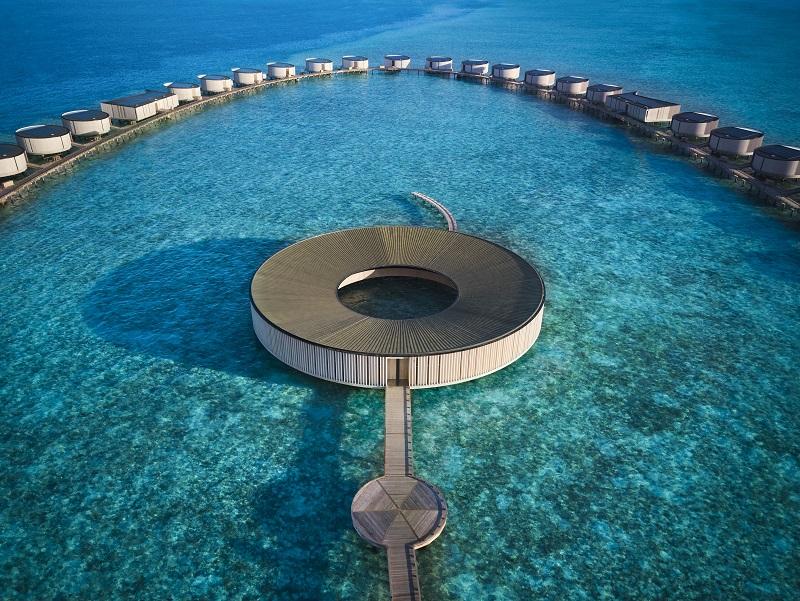 アイランドライフを包み込む至極のラグジュアリーな新リゾートが遂にモルディブにオープン!