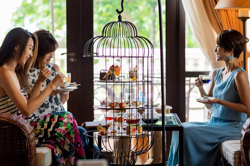 沖縄・読谷村:ホテル日航アリビラでアフタヌーンティーを。テーマは『Paraiso -楽園-』