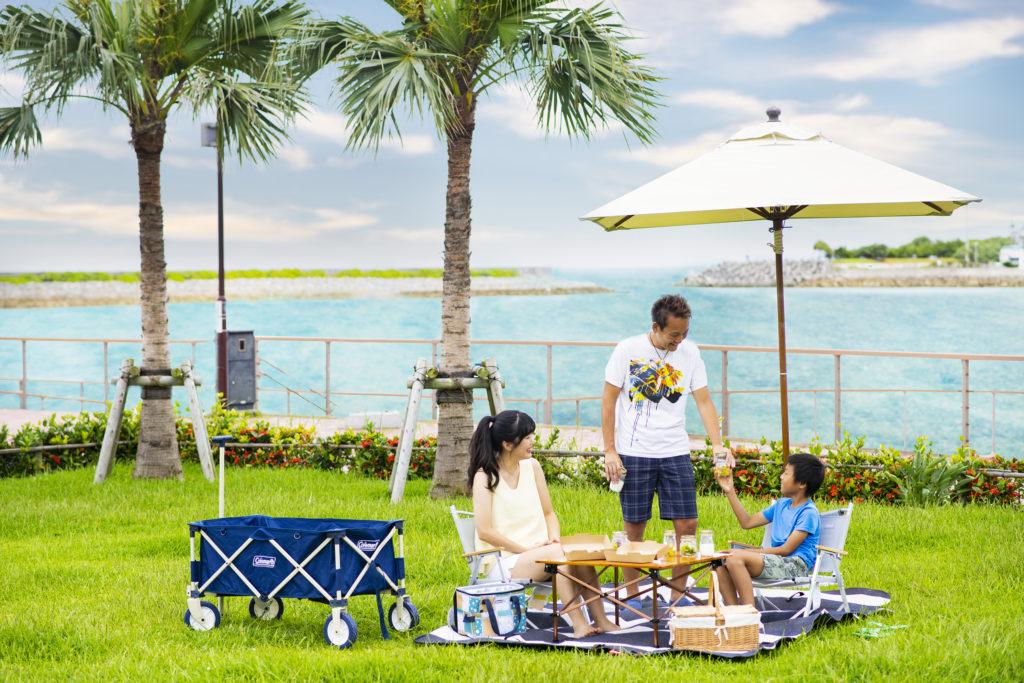 沖縄・北谷町:ヒルトン沖縄北谷リゾート、海風を感じながら楽しむ朝食ピクニック