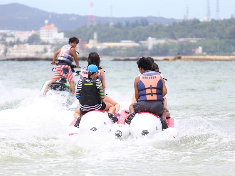 【Marine Service 海力丸】浜比嘉島からバナナボートで行く無人島ツアー