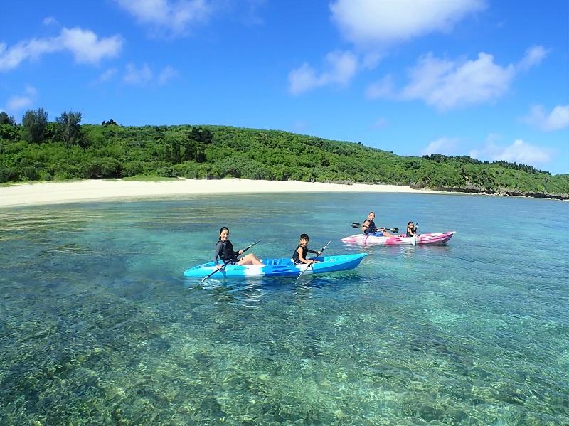 【Bombón】沖縄本島北部で貸し切りカヤック&シュノーケリングツアー