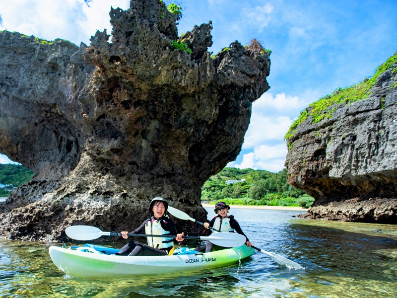 【アルガイド沖縄】沖縄本島からシーカヤックで行く「青の洞窟」冒険